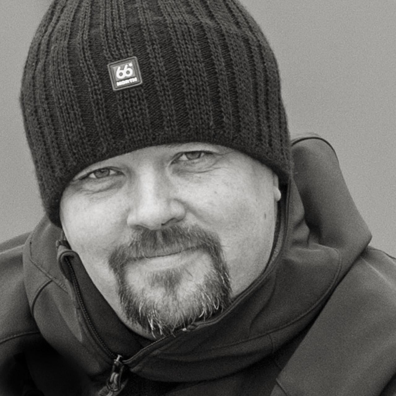 Portrait du militant activiste Jean-Marc Montegnies