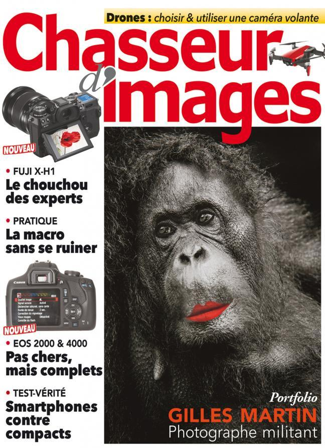 Couverture de Chasseur d'images avec photographie de Gilles Martin en une.